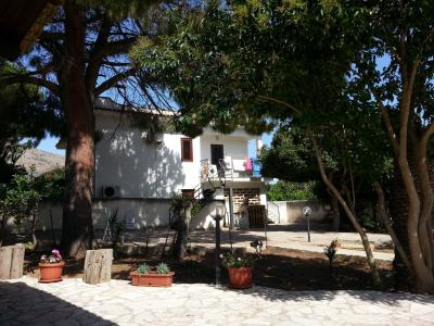 Garden Location Apartment 67566 Castellammare del Golfo