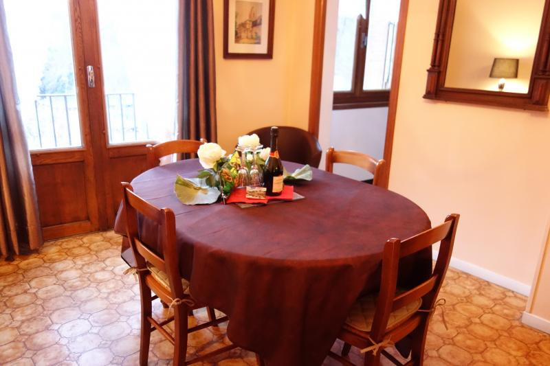 Dining room Location Apartment 68456 Ax Les Thermes