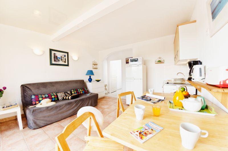 Living room Location Apartment 68566 La Londe les Maures
