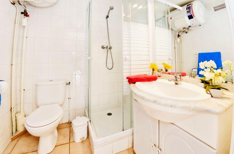 bathroom Location Apartment 68566 La Londe les Maures