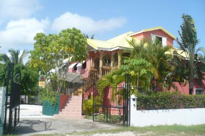 View of the property from outside Location Vacation rental 71841 Sainte Anne (Guadeloupe)