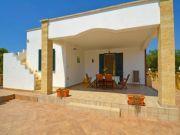 Villa Pescoluse 2 to 6 people