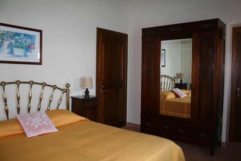 bedroom 2 Location Villa 75874 Siena