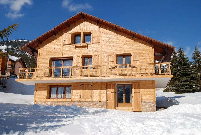 View of the property from outside Location Chalet 77618 Montgenevre