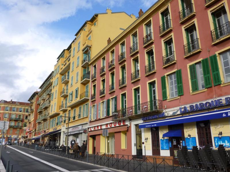 Surroundings Location Apartment 81032 Nice