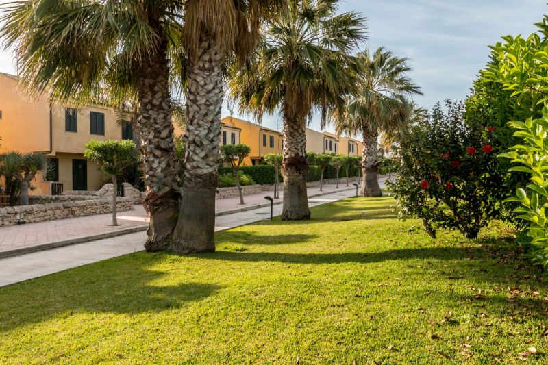 Location Bungalow 94581 Marina di Ragusa