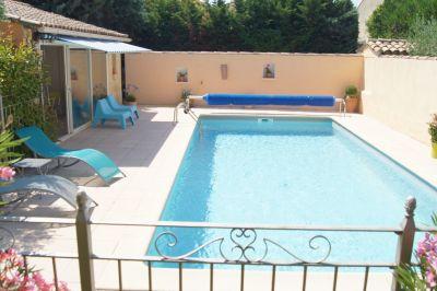 Swimming pool Location Vacation rental 113447 Sainte-Cécile-les-Vignes