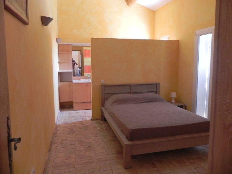 bedroom 1 Location Villa 117404 Gréoux Les Bains