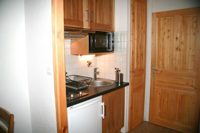 Kitchenette Location One-room apartment 74661 Serre Chevalier