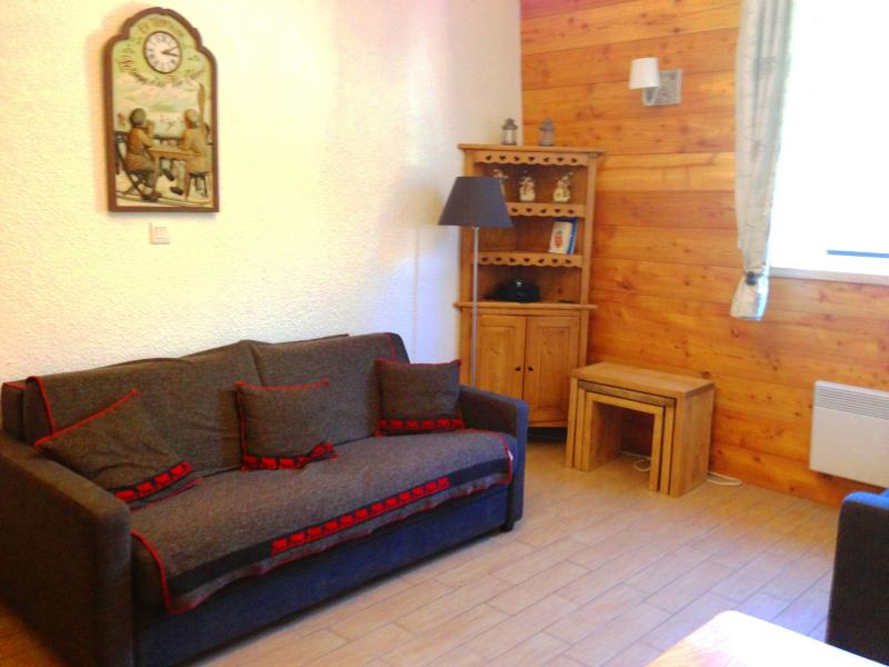 Living room Location One-room apartment 74661 Serre Chevalier