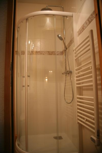 bathroom Location One-room apartment 74661 Serre Chevalier