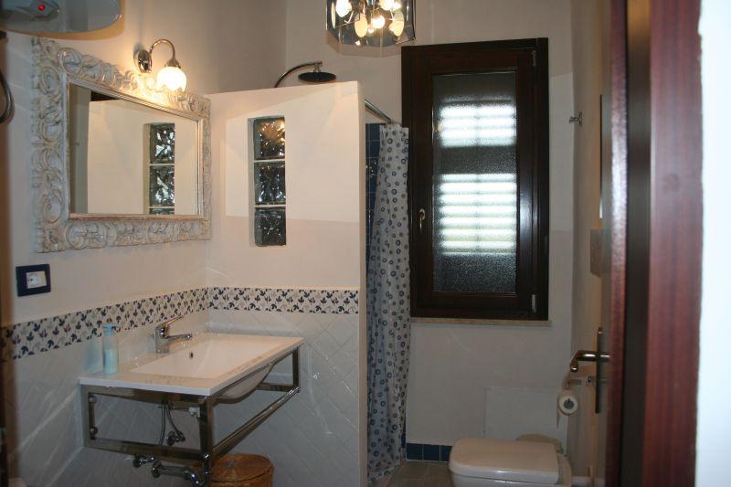 bathroom Location Apartment 78356 Tre Fontane