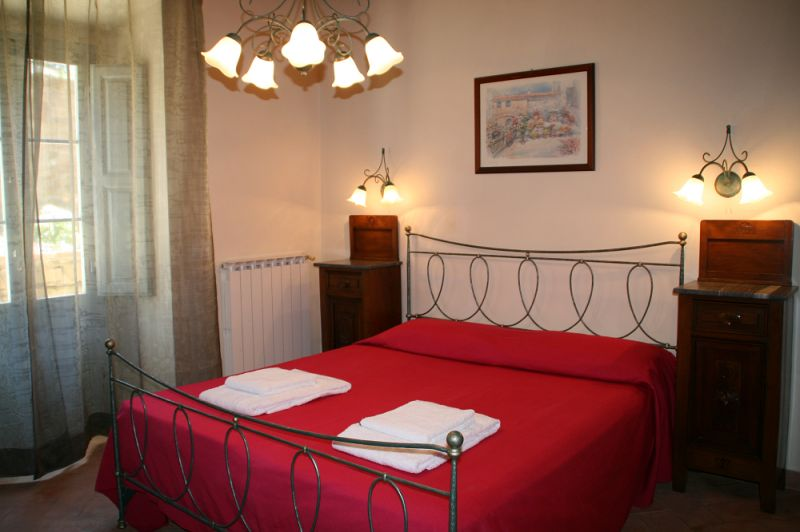 bedroom 2 Location Vacation rental 84894 Siena