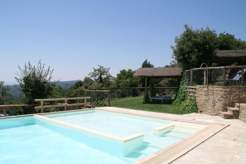 Swimming pool Location Vacation rental 84894 Siena