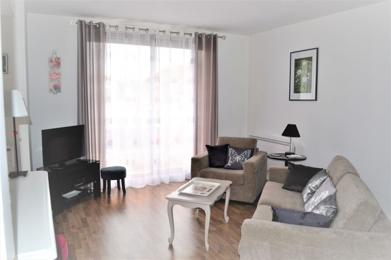 Lounge Location Apartment 92716 Vichy