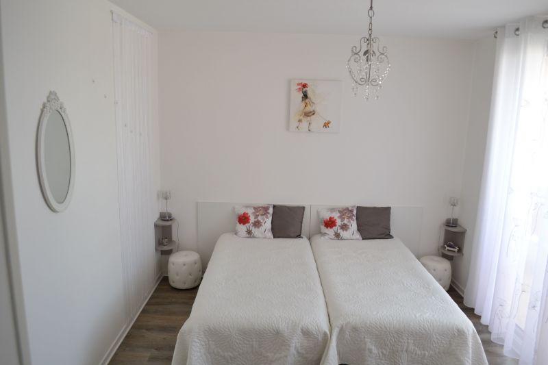bedroom Location Apartment 92716 Vichy