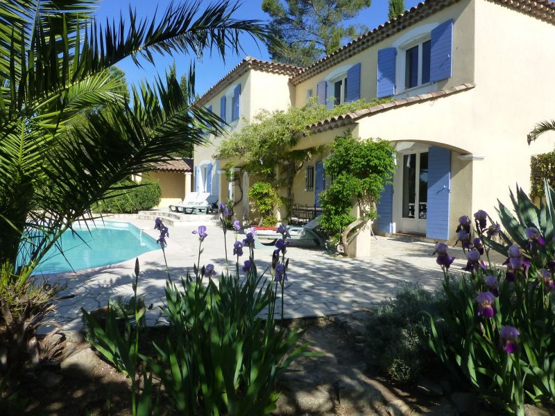 View of the property from outside Location Villa 98164 Cotignac