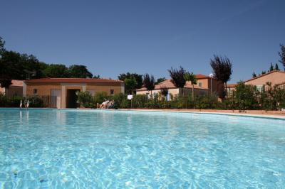 Swimming pool Location Vacation rental 98363 Loriol-du-Comtat