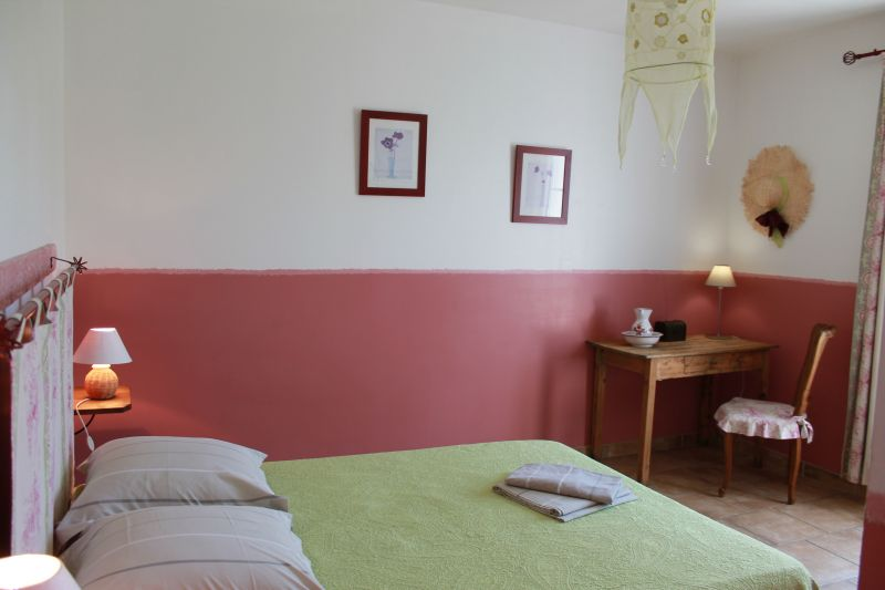 bedroom 1 Location House 100030 Avignon