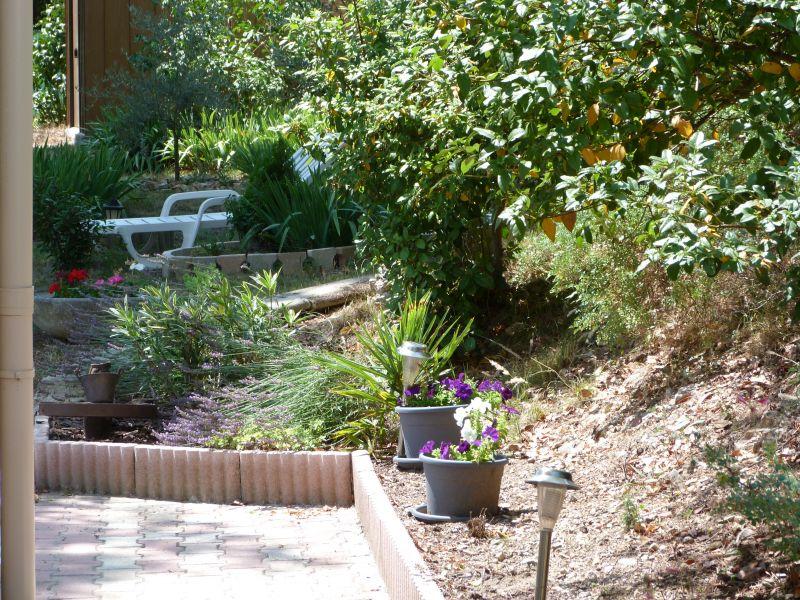 Garden Location Apartment 101756 Vedène
