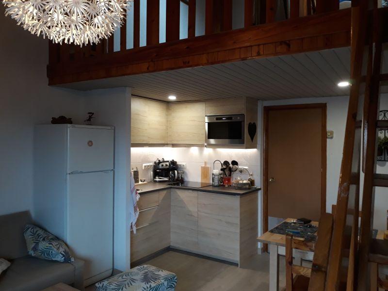 Open-plan kitchen Location One-room apartment 113736 Pas de la Casa