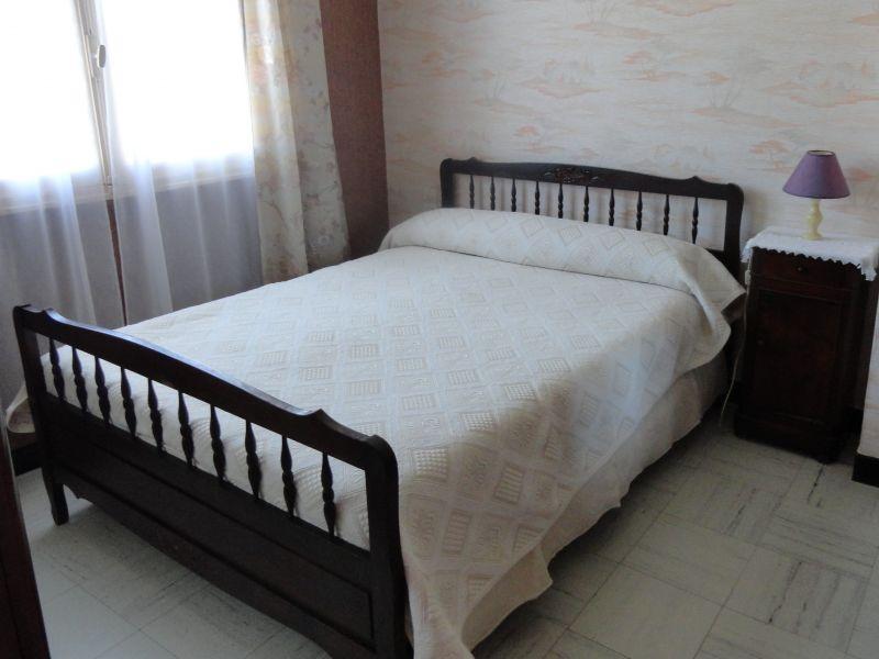 bedroom 1 Location House 115078 Bize-Minervois