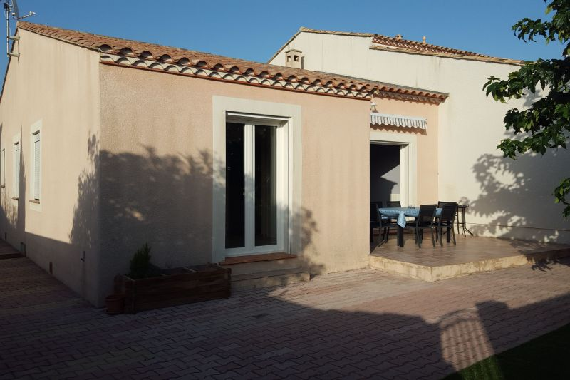View of the property from outside Location House 115814 Le Grau du Roi