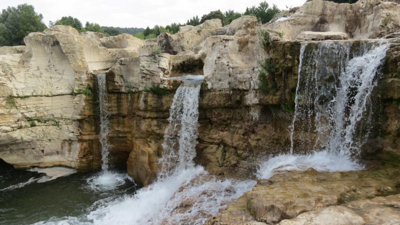 Surroundings Location Vacation rental 69702 Uzès
