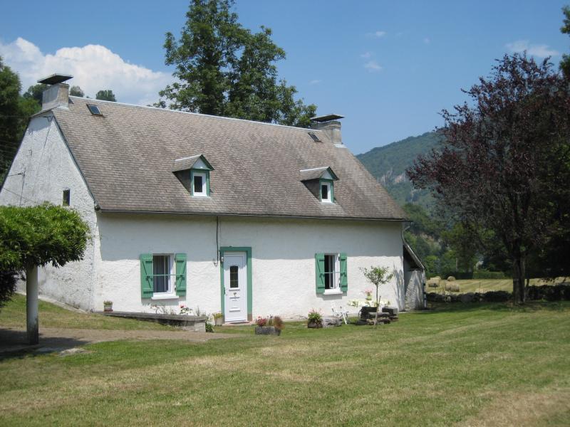 Location Vacation rental 70295 Bagnères de Bigorre