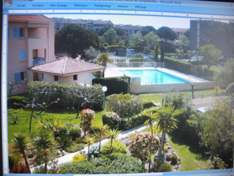 View of the property from outside Location One-room apartment 77171 Fréjus