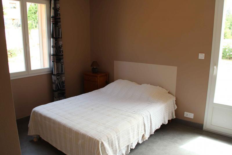 bedroom 2 Location Villa 82417 Hyères