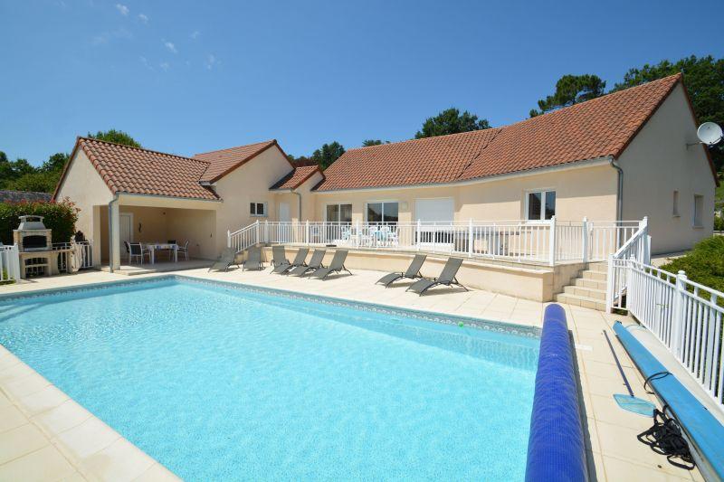 View of the property from outside Location Villa 90775 Montignac sur Vézère (Grottes de Lascaux)