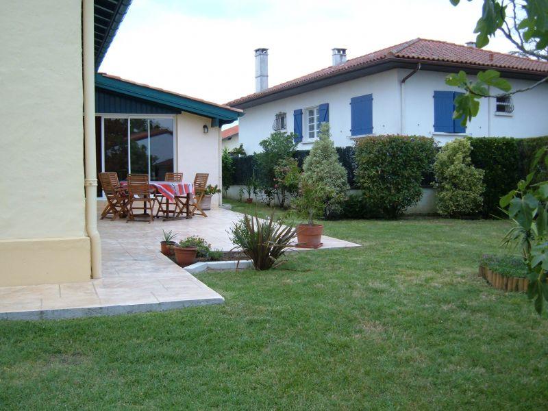 Garden Location Villa 108315 Bayonne