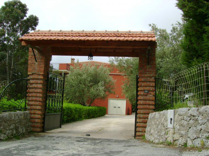 Hall Location Villa 64759 Avola