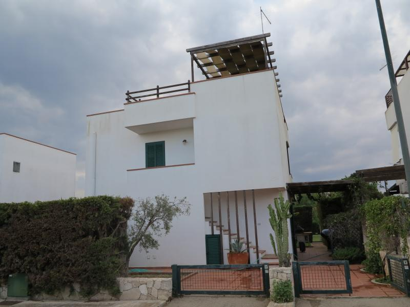 View of the property from outside Location House 71326 Porto Cesareo