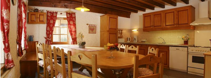 Summer kitchen Location Chalet 73656 Châtel