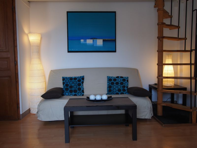Location One-room apartment 75768 Ajaccio