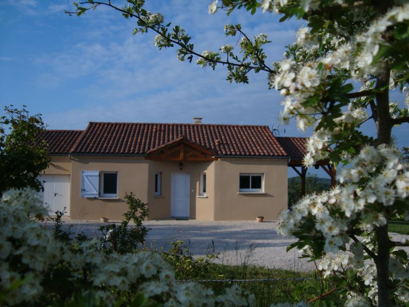 View of the property from outside Location House 83784 Salignac-Eyvignes
