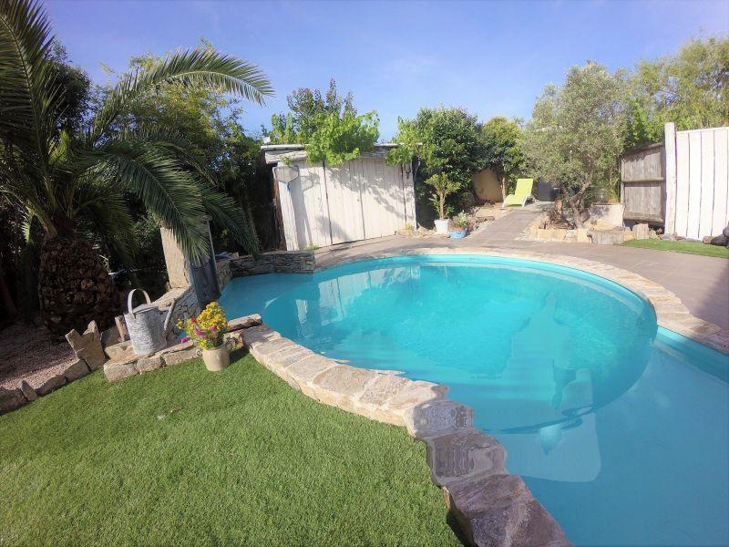 Swimming pool Location Apartment 85447 Portiragnes