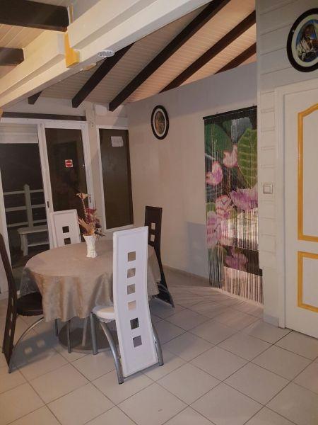 Dining room Location Bungalow 93723 Le Diamant