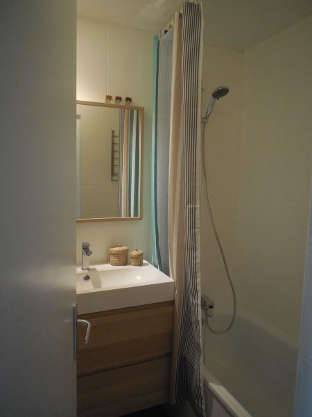 bathroom Location Apartment 106400 Le Corbier