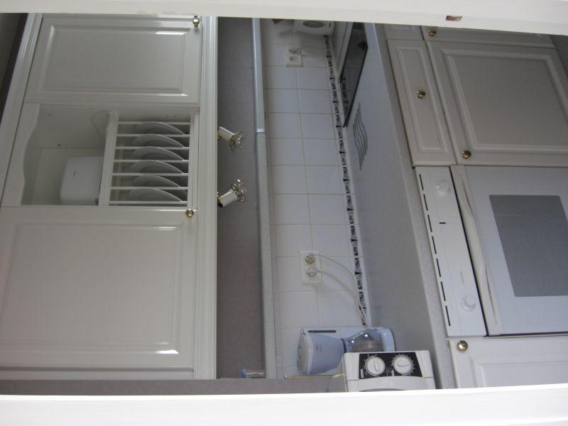 Separate kitchen Location Apartment 107941 Le Touquet