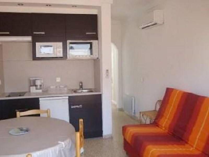 Location One-room apartment 109944 Empuriabrava