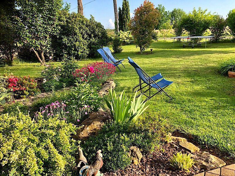 Garden Location Bed and breakfast 116605 Les Eyzies de Tayac