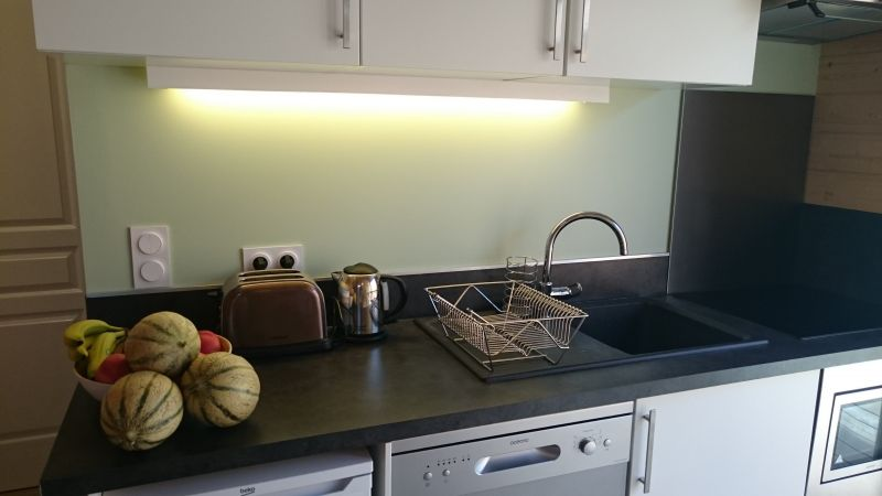 Kitchenette Location Vacation rental 116644 Andernos les Bains