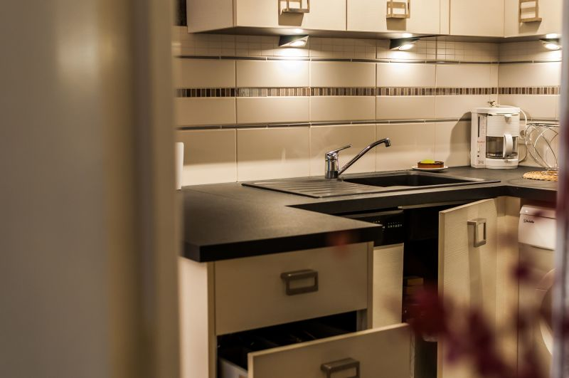 Open-plan kitchen Location Apartment 117921 Arcachon