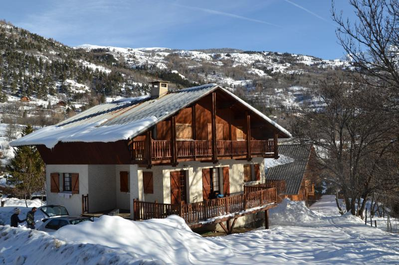 View of the property from outside Location Apartment 65609 Serre Chevalier