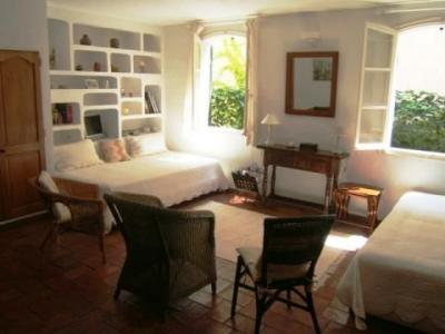 Location One-room apartment 80076 Saint Tropez