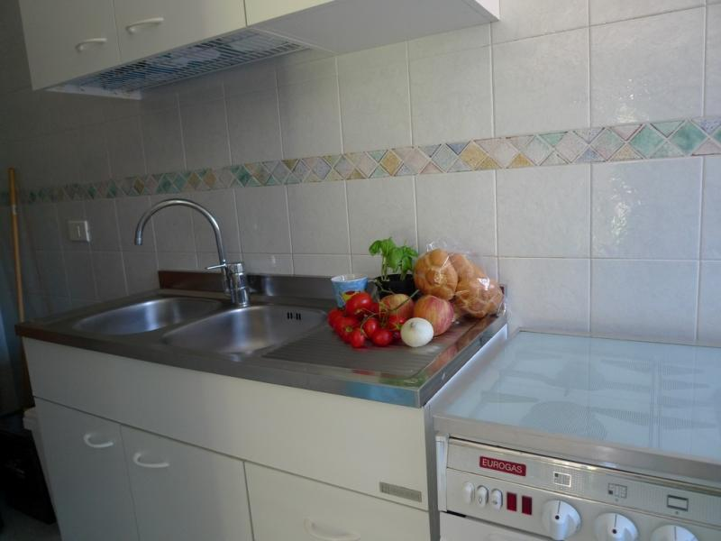 Separate kitchen Location Apartment 84301 Torre Canne