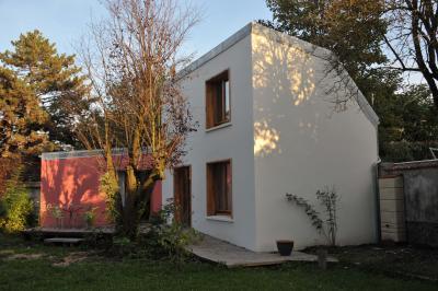 Location Vacation rental 91477 PARIS
